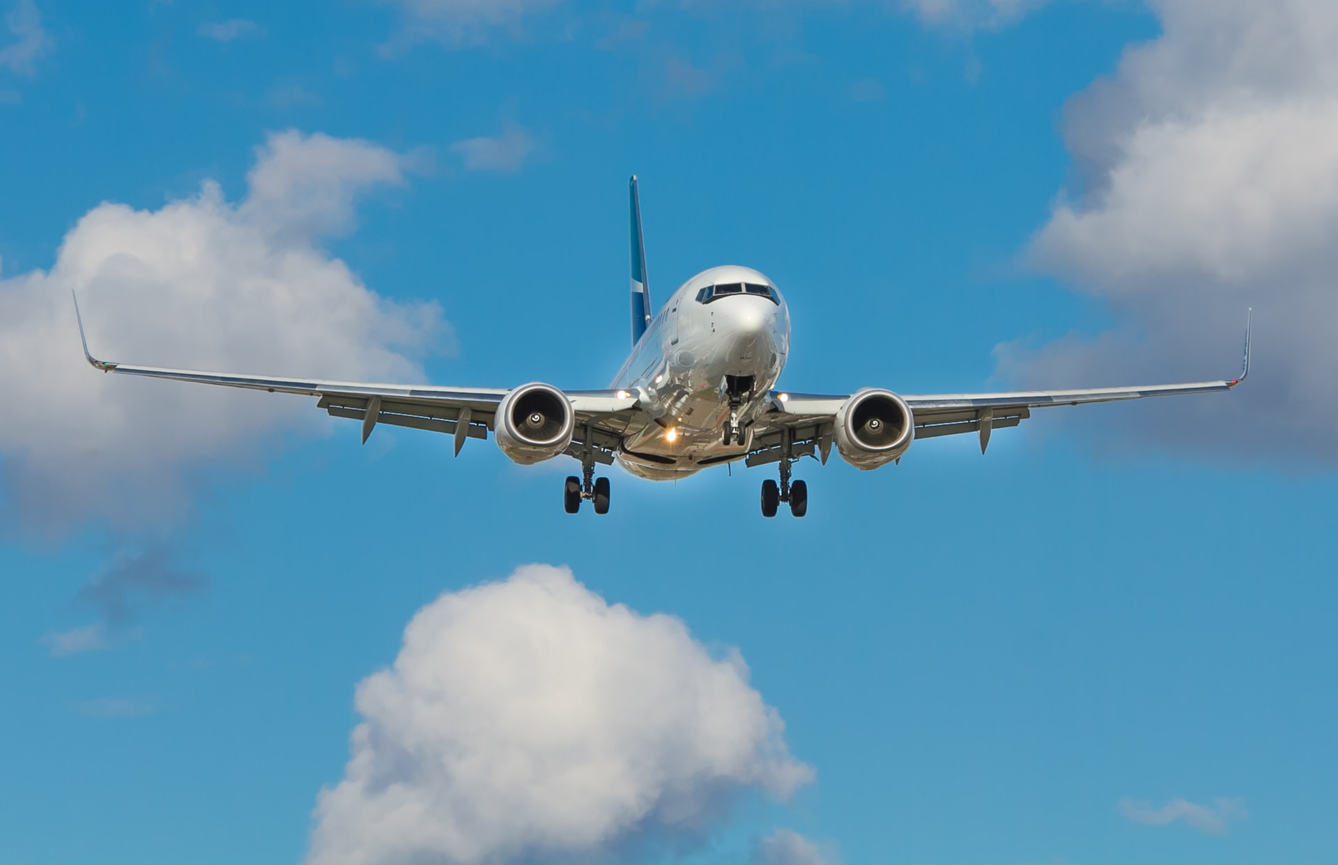 Quarantine-free travel for seasonal workers – Expert Reaction